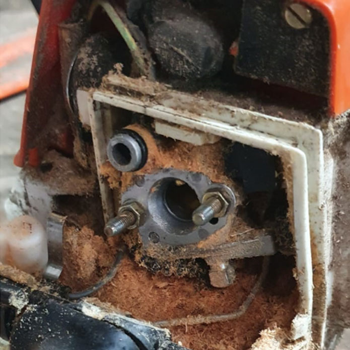 Chainsaw service